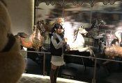 【欅坂46】菅井友香ポニテに絶対領域が美しい、鳩や馬と『シンクロ坂』なオフショットを公開!