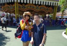 【欅坂46】デビュー前の菅井友香の写真が流出!?2015年にディズニーランドで撮られたであろう、ウッディーコスのゆっかーが可愛過ぎるwww